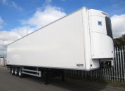 Standard reefer semi trailers